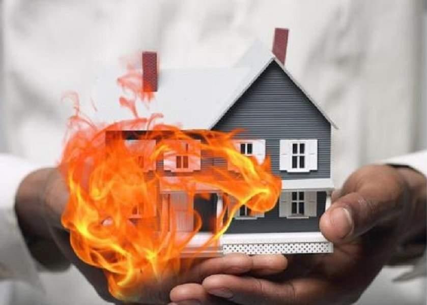 hoa-hoan Khi xảy ra hỏa hoạn, chủ nhà hay người thuê trọ phải bồi thường?